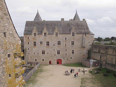Castle, Suscinio, Brittany, Architecture, Tours