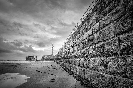Whitby, West Pier, Pier, Leading Lines, Lines